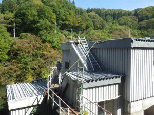 群馬 ダム管理施設 発電所取水口 建屋