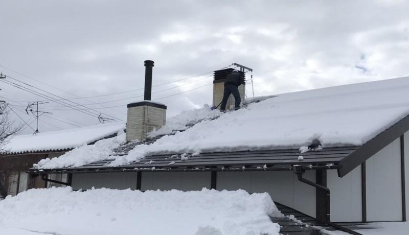 積雪時の煙突掃除4
