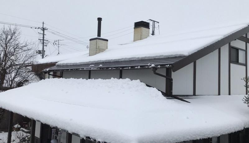 積雪時の煙突掃除1